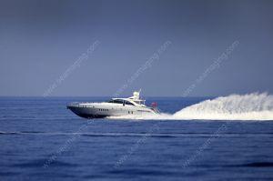 Mangusta 80 at 30 knots
