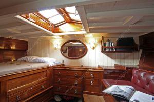 SY Hallowe'en master cabin